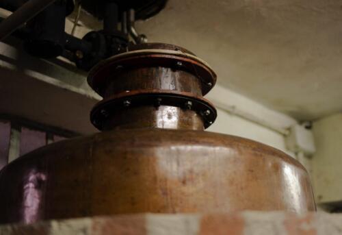 GIG00110-distilleria-giovi-valdina-messina-distillati-etna-vodka-london-dry-gin-vigneti-vigna-rifugio